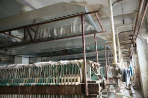 Fermentation plate frame process odor collecting device